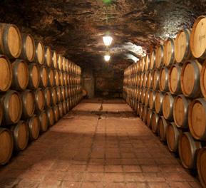 Cueva Corcovo